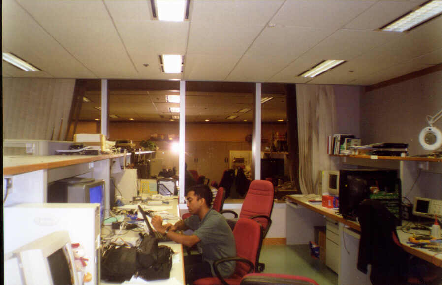 Working in ST Hongkong, office, Oct 2001